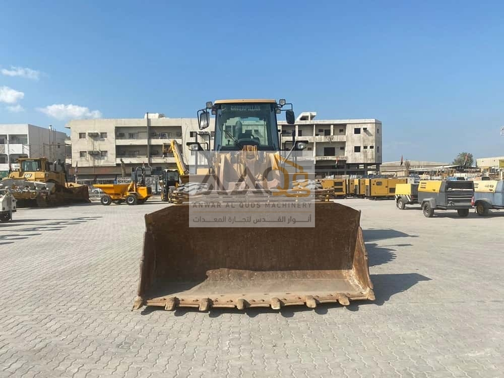 wheel loader front